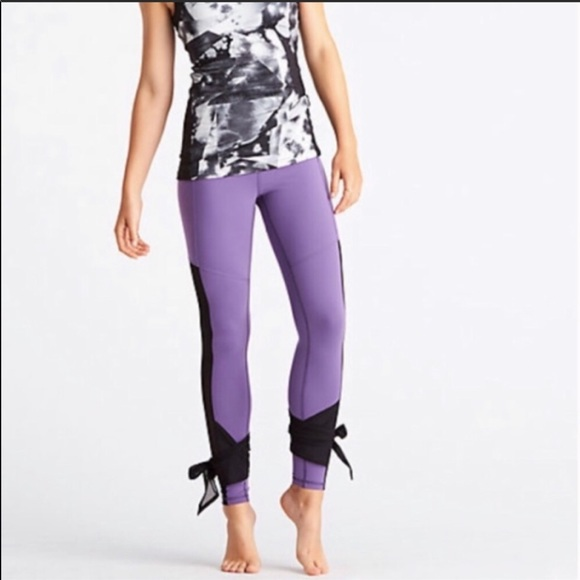 Lucy Pants - Lucy Light and Free Leggings Purple Tie S